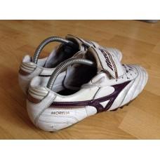 รองเท้าฟุตบอลสตั๊ด Mizuno