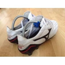รองเท้าฟุตบอลสตั๊ด Mizuno neo